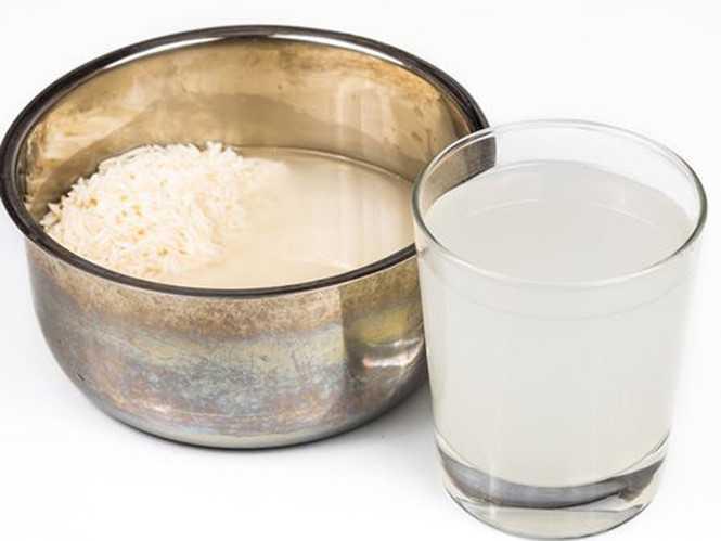 Nước gạo giúp ích cho da và tóc - Ảnh: Shutterstock