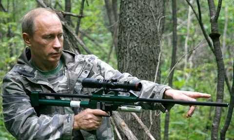 Từng là một điệp viên, nên Tổng thống Putin đang gây ra khó khăn cho CIA.