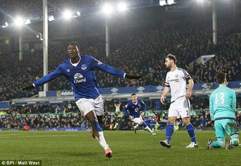 Bị Everton loại khỏi cúp FA, Chelsea chính thức trắng tay ở mùa này.