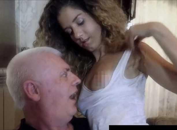 Giáo sư Nicholas Goddard trong những bộ phim khiêu dâm với nghệ danh Old Nick