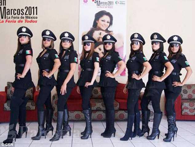 Các nữ cảnh sát khêu gợi Mexico