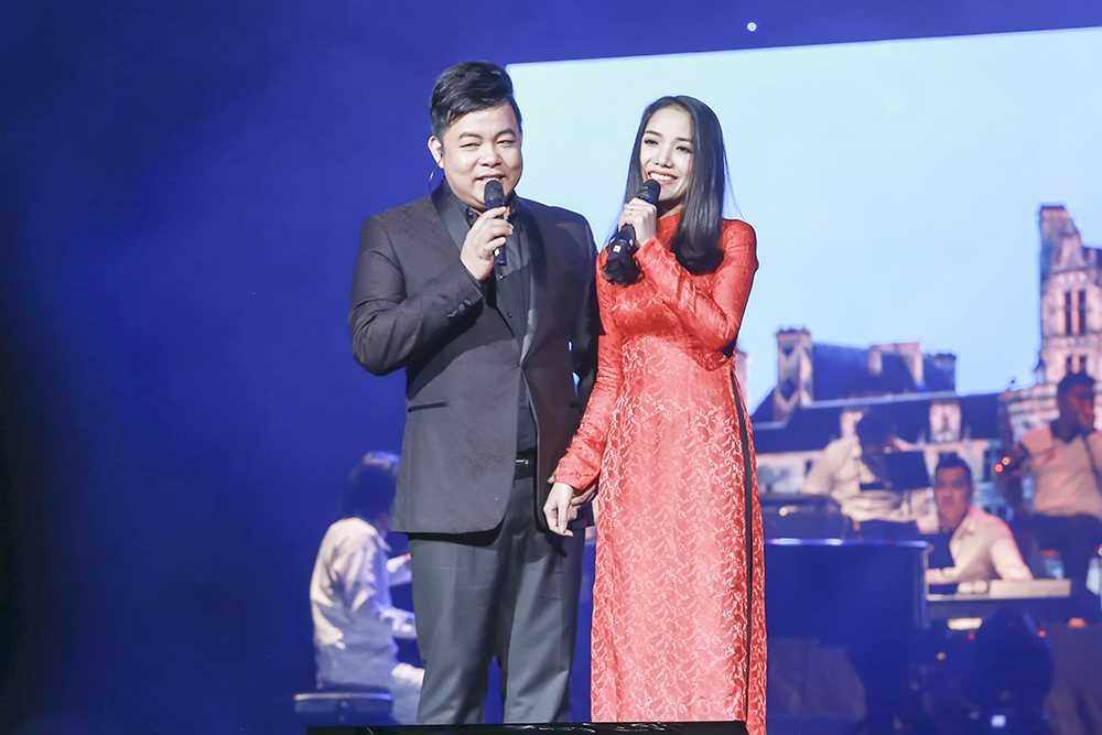 """Lần đầu Quang Lê song ca cùng học trò Thuý Huyền ca khúc """"Lâu đài tình ái"""", cô gái bước ra từ cuộc thi solo bolero mùa 2"""