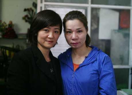 Chị Thu Trang (phải) và chị Thu Vân. Ảnh: Tri Thức Trẻ.