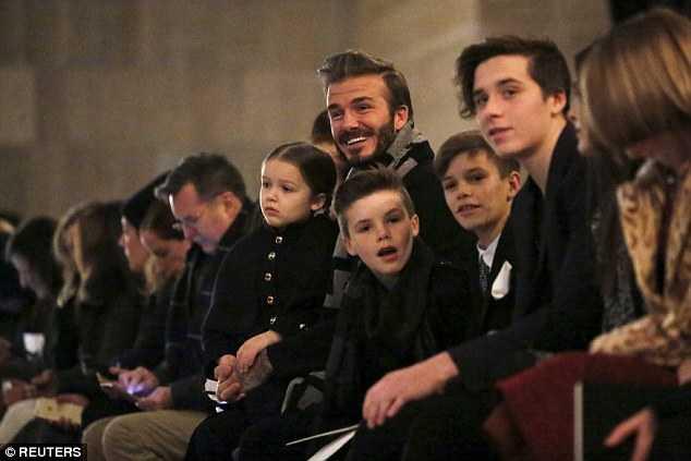 David Beckham đưa các con đi dự sự kiện