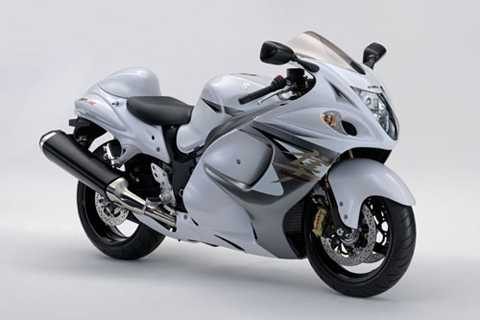 2. Suzuki Hayabusa (tốc độ tối đa: 399 km/h).