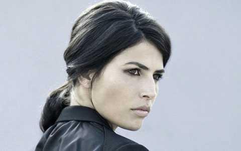 Hoa hậu Thế giới Linor Abargil, nạn nhân của vụ hiếp dâm năm xưa giờ đã trở thành người đấu tranh chống nạn cưỡng hiếp phụ nữ.