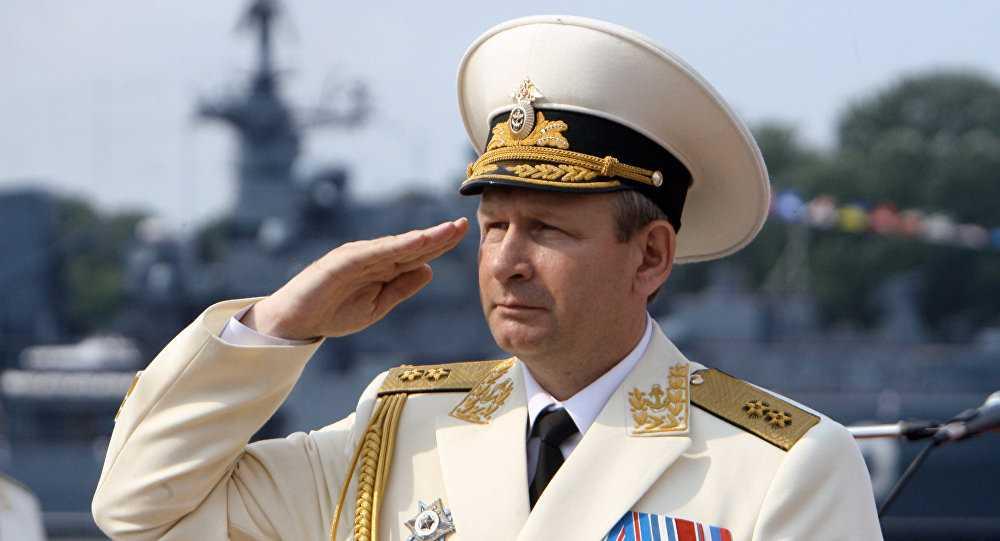 Tư lệnh Hải quân Nga, đô đốc Viktor Chirkov