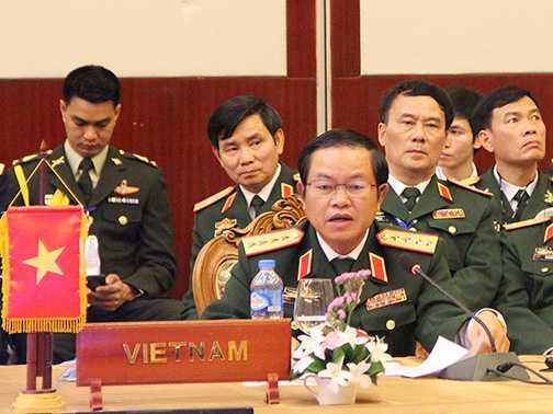 Đại tướng Đỗ Bá Tỵ phát biểu tại Hội nghị - Ảnh: Hồng Pha