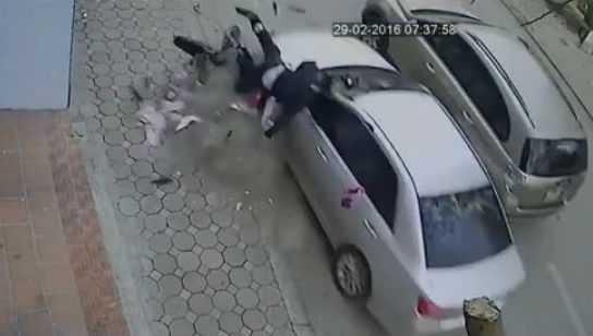Chiếc xe Camry tông chết 3 người thương tâm