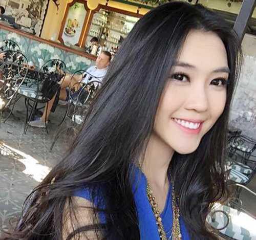 Với niềm đam mê ngành Hàng không từ bé và có một tình yêu đặc biệt với những   chiếc máy bay, Linh đã quyết tâm thi vào Học viện Hàng không Việt Nam.