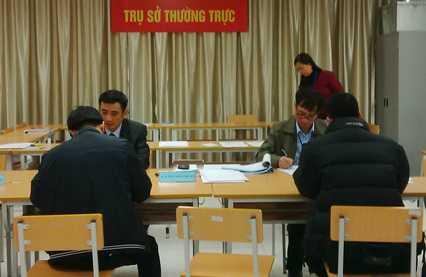 Sau gần một tháng nhận hồ sơ, Hà Nội tiếp nhận 47 hồ sơ tự ứng cử. Ảnh: HH.