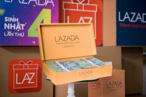 Mọi khách hàng đều có cơ hội trúng giải thưởng 100 triệu tiền mặt nhân dịp Sinh nhật Lazada