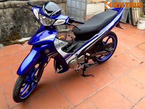 Yamaha 125ZR thuộc dòng xe 2 kỳ Y125Z của   hãng xe Nhật Bản, được ra mắt lần đầu vào năm 1998 để thay thế cho dòng   Y110SS trước đó. Tại Việt Nam, chiếc xe thường được dân chơi gọi với   những cái tên thân mật là Ya Z hay Ya