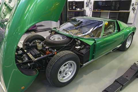 Bản phục chế Miura SV được giới thiệu vào đầu tháng 3 tại Mỹ. (Ảnh: Lamborghini)