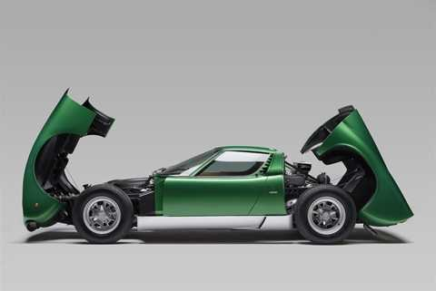 Model động cơ giữa độc đáo. (Ảnh: Lamborghini)