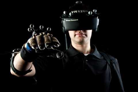 Công nghệ thực tế ảo. Không ai có thể quên bức hình gây sốc của Mark Zuckerberg khi