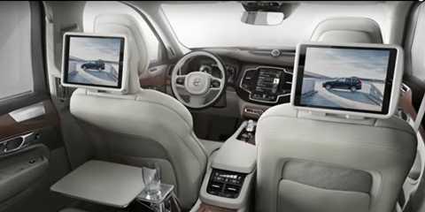 Hệ thống giải trí cho các hàng ghế đều sử dụng màn hình cảm ứng