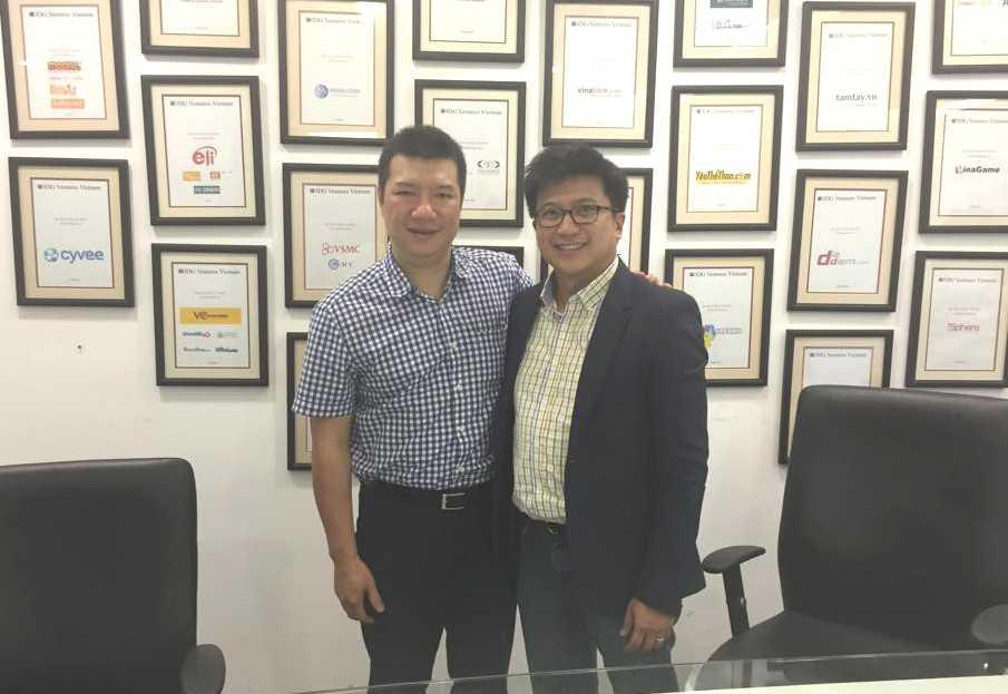 Ông Nguyễn Bảo Hoàng và BLV Vũ Quang Huy