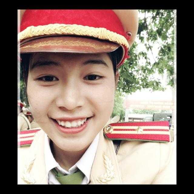 Nữ sinh cảnh sát Hoài Thương mơ ước trở thành nữ chiến sỹ công an giỏi, nhiệt huyết.