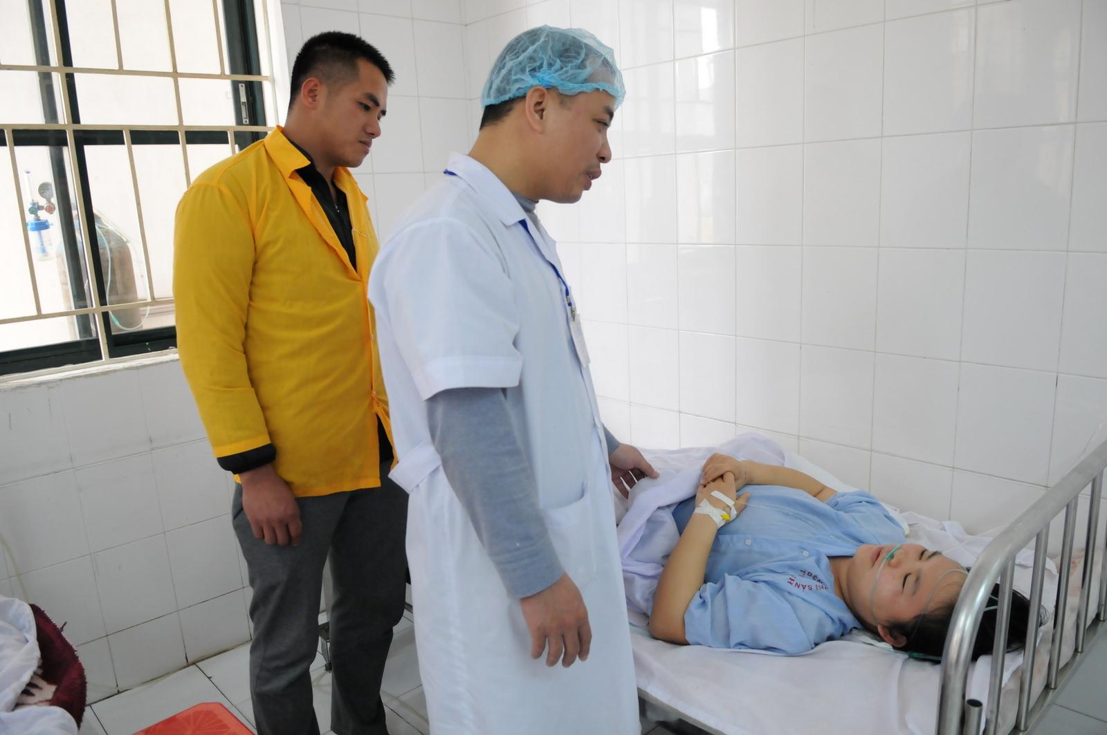 Bệnh nhân Lương Thị Vân đang được điều trị sau mổ tại Bệnh viện Phụ sản Thái Bình