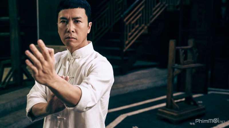 Ở tuổi 53, Chân Tử Đan vẫn đang trên đỉnh cao sự nghiệp.