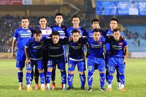 11 cầu thủ đá chính của tuyển Việt Nam (Ảnh: Phạm Thành)