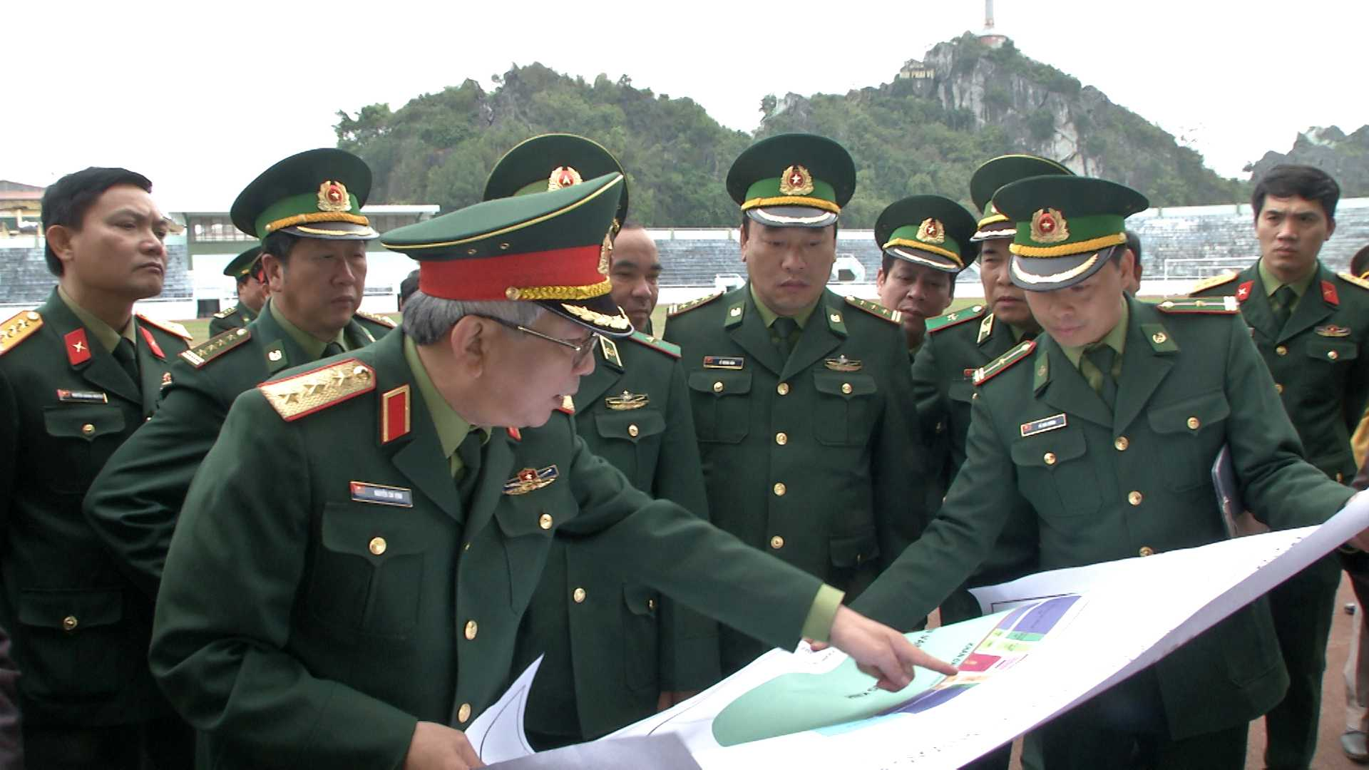 Thượng tướng Nguyễn Chí Vịnh kiểm tra công tác chuẩn bị cho Giao lưu tại tỉnh Lạng Sơn