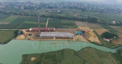 Một lò gạch trái phép tại Sóc Sơn. Ảnh: Vietnamplus