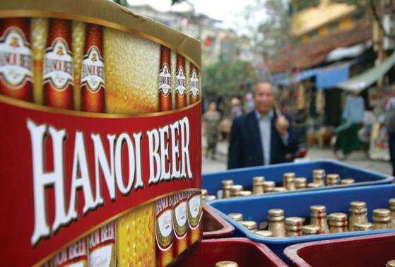 Hiện bia Hà Nội có giá thành tại nhà máy là 135.000 đồng/thùng nhưng ngoài thị trường bán với giá 132.000 đồng/thùng
