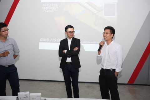 Đại diện Lazada trong buổi họp báo ra mắt sản phẩm Alcatel OneTouch Flash Plus trong năm 2015