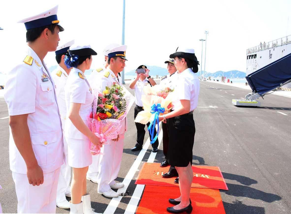 Lễ đón tàu RSS ENDURANCE tại Cảng Quốc tế Cam Ranh