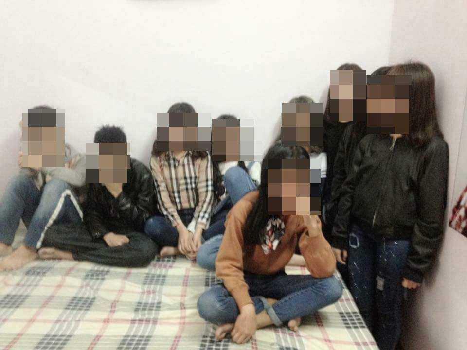 9 học sinh được tìm thấy trong nhà nghỉ