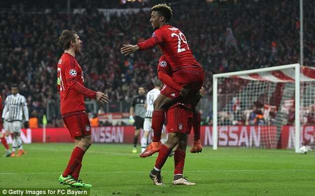 Bayern Munich ngược dòng nghẹt thở