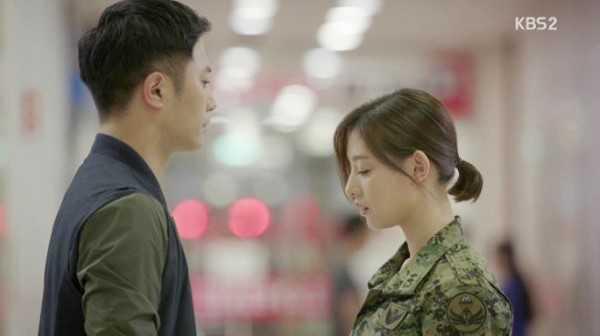 """Được hỏi về phân đoạn yêu thích, Kim Ji Won tiết lộ: """"Tôi thích cảnh khi nhân vật của mình nói với Jin Goo 'Đứng lại ngay!'"""