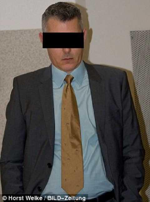 Ông Oliver Dietmann đã vô tình  gây ra cái chết cho người yêu chỉ vì quả dưa chuột. Ảnh Daily Mail