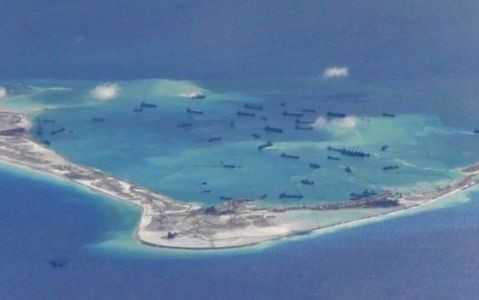 Hình ảnh một bãi đá bị Trung Quốc cải tạo phi pháp ở Biển Đông