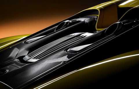Trong toàn bộ các chi tiết trên xe, đắt giá nhất phải kể tới khối động cơ V8 4.6l, có giá 203.385 USD (tương đương 4,53 tỷ đồng). Ngoài ra, hộp số của chiếc xe cũng có giá lên tới 70.000 USD (1,56 tỷ đồng).