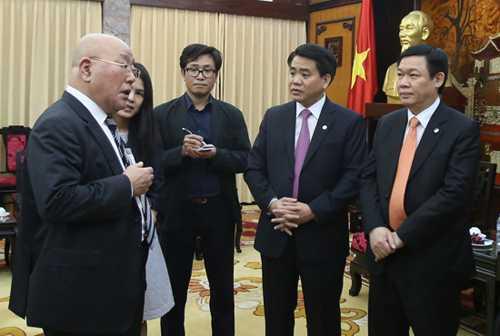 Ông Vương Đình Huệ tiếp Cố vấn đặc biệt của Thủ tướng Nhật, ông Isao Iijima