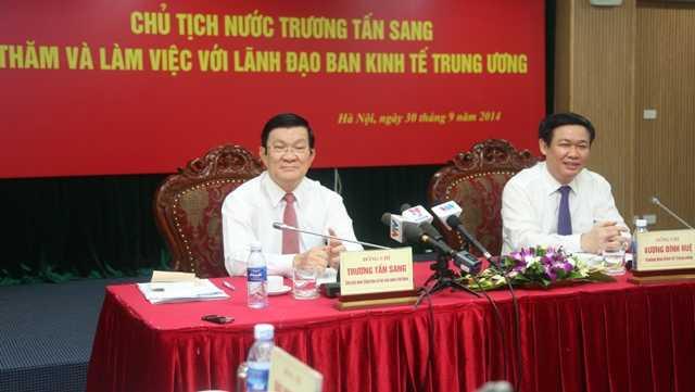 Chủ tịch nước Trương Tấn Sang trong dịp đến thăm Ban Kinh tế T.Ư (năm 2014)