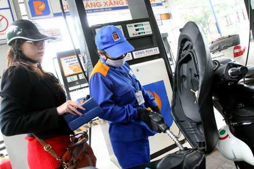 Giá xăng RON 92 được điều chỉnh tăng đồng/lít