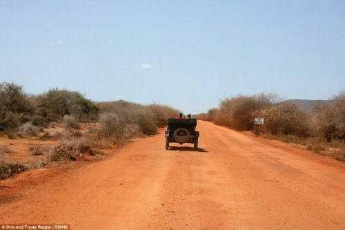 Khám phá thiên nhiên hoang dã ở Kenya.