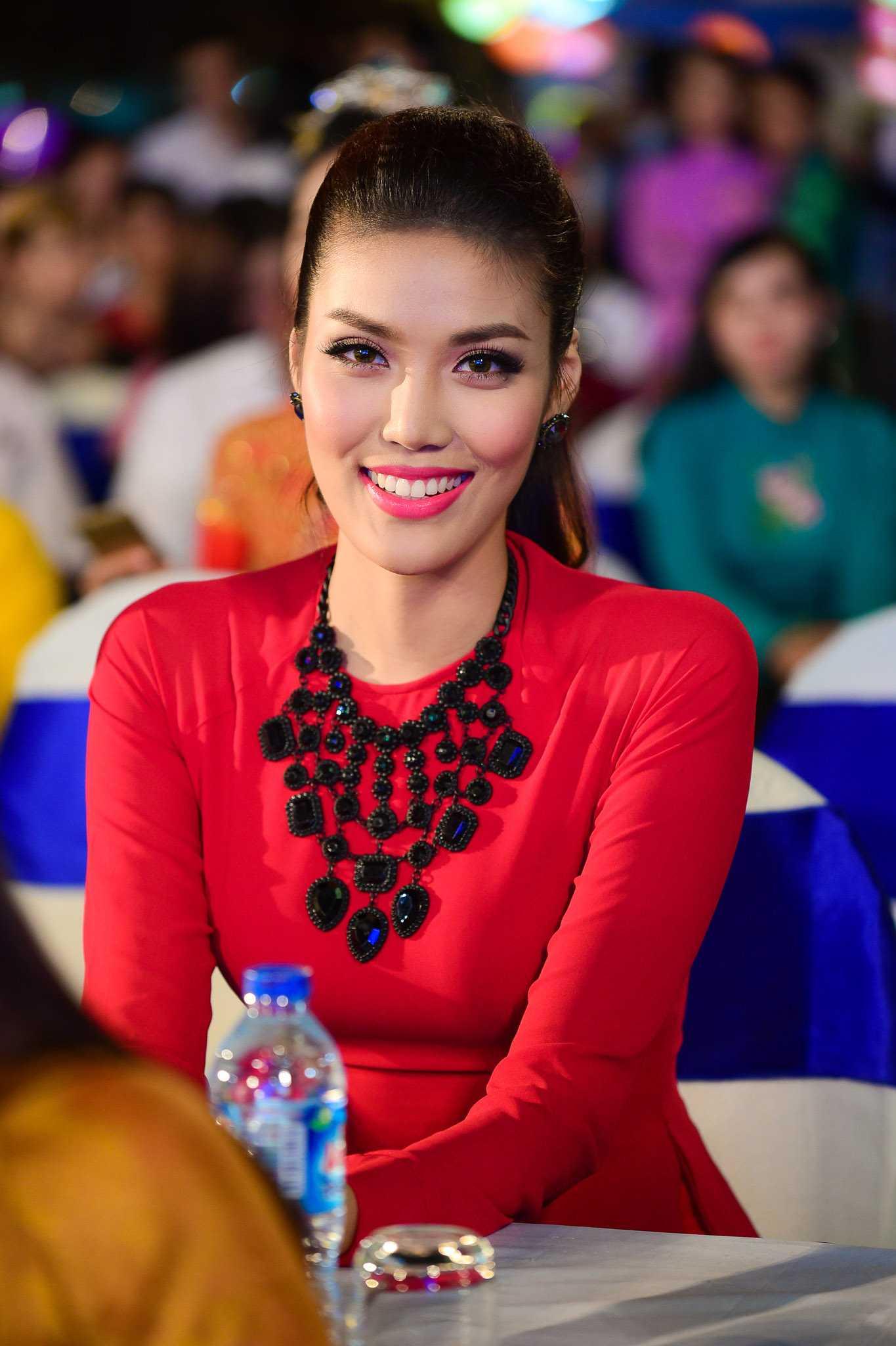 Top 11 Miss World Lan Khuê