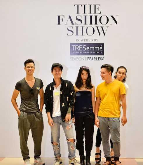 Năm NTK tham dự 'The fashion show'.