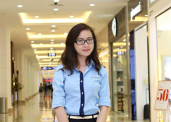 Ngoài học tập, Lan Hương còn tham gia làm mẫu ảnh cho nhiều cửa hàng thời trang nổi tiếng.
