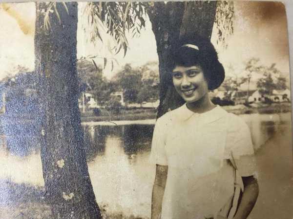 Chân dung bà Phạm Thị Minh, người vợ quá cố của cố nhạc sỹ Thanh Tùng khi còn trẻ. Ảnh: GĐCC.