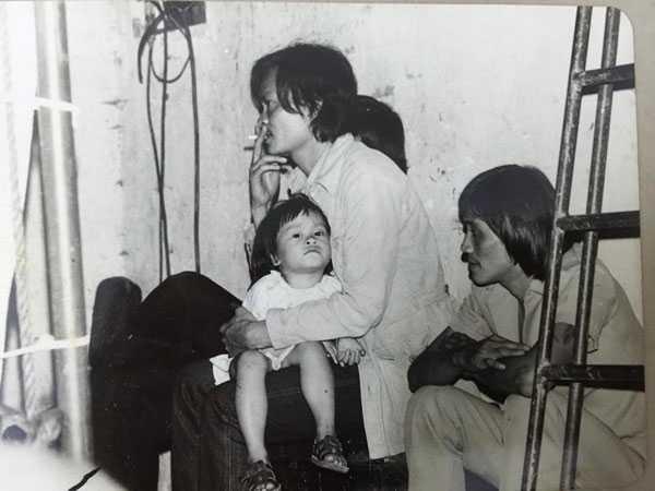 Nhạc sỹ Thanh Tùng cùng con gái út. Ảnh: GDCC.