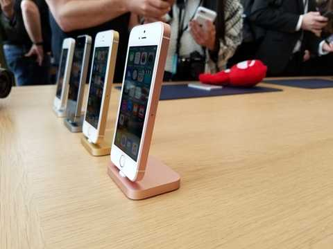 iPhone SE 16GB khiến người dùng khó có thể hài lòng