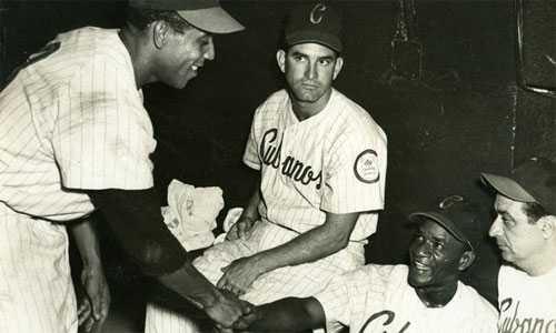 Các cầu thủ của đội bóng huyền thoại Havana Sugar Kings