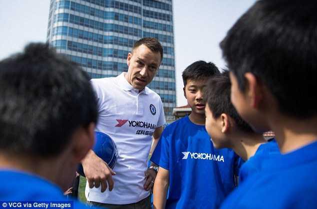 Terry tranh thủ sang Trung Quốc giao lưu