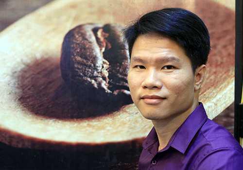 Anh Lê Công Phúc tự ứng cử vào HĐND cấp phường và thành phố Đà Nẵng. Ảnh: Nguyễn Đông.